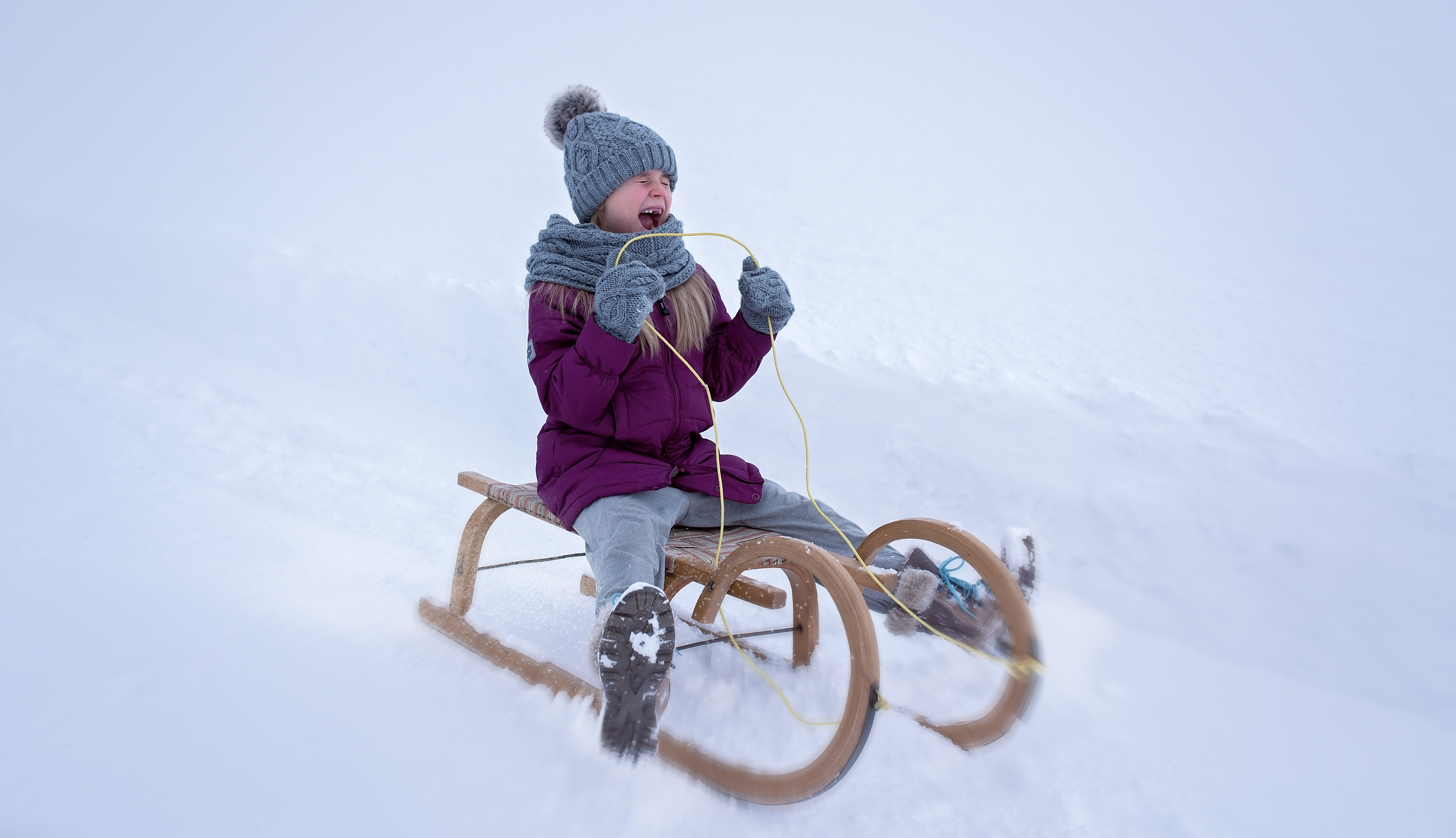 person-snow-winter-girl-bicycle-vehicle-823516-pxhere.com